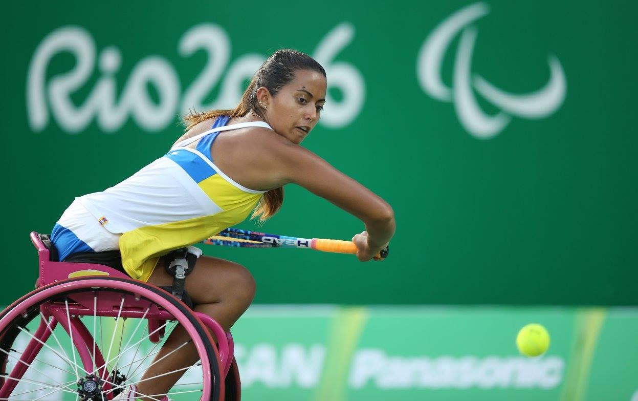 María Angélica Bernal campeona de tenis paralímpica colombiana.